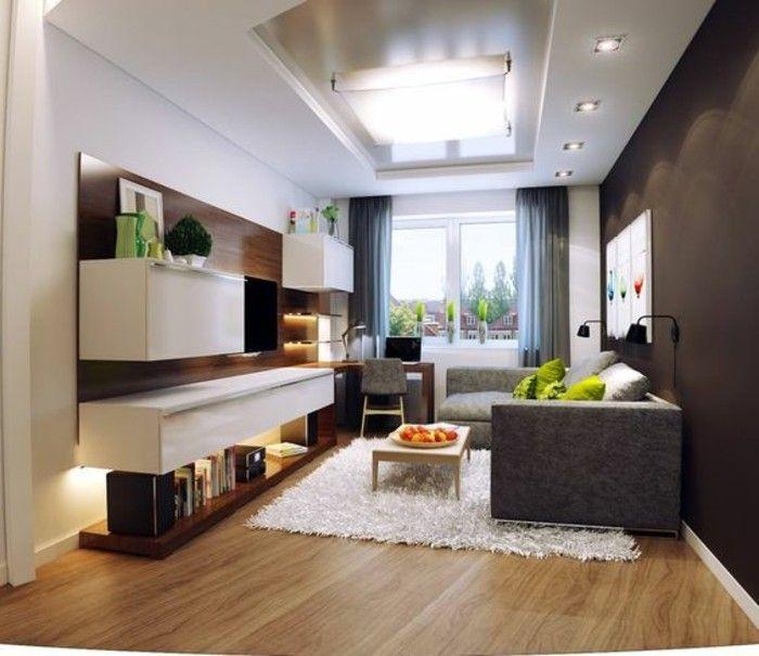mur en marron foncé et tapis blanc, aménagement petit salon