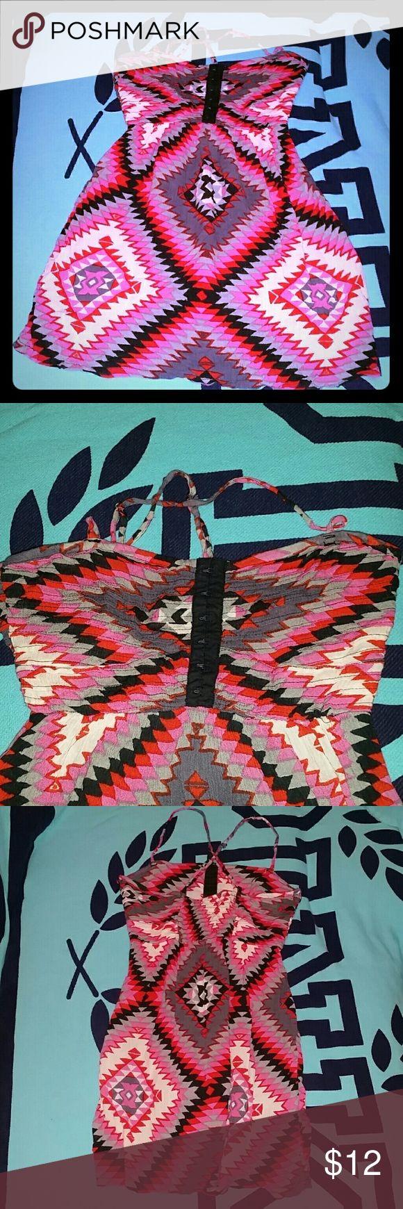 BILLABONG Aztec zip up dress Bright and vibrant color scheme. Criss cross adjustable straps. Zip up left side. Inner black lining. Billabong Dresses Mini