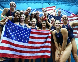 USA players celebrate winning the women's Water Polo gold medal match 2012