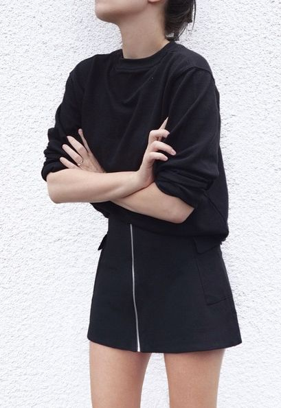 Simple black outfit with mega style.