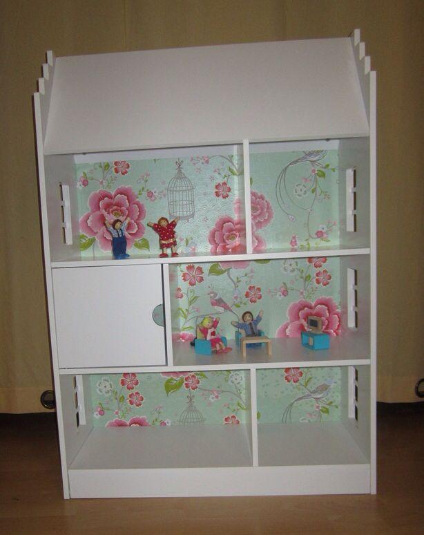 25+ beste idee u00ebn over Poppenhuis Boekenkast op Pinterest   Kleine meisjes speelkamer en Peuterkamers
