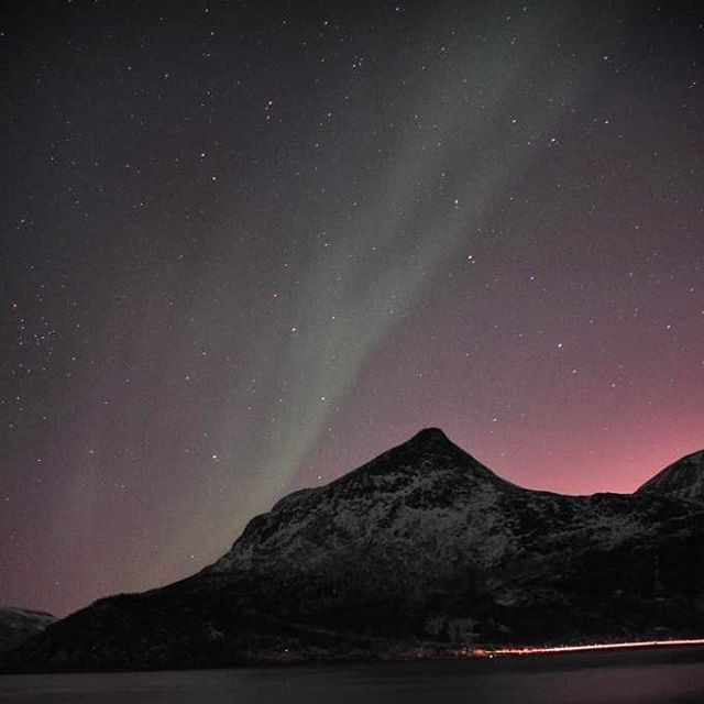 Even though the green northern light is not so strong and bright on this picture we still love it. The skies were all pink and we could see so many stars. Amazing! Tromsø, Norway #tromsvik #kvaløya #tromsø #troms #norway #ignorway #ignature #ig_nordnorge #visitnorway #visittromso #igscandinavia #tubaabintransit #ilovenorway #bestoftheday #bestofscandinavia #bestofnorway #aurora #northernlights #nordlys #topåtur #twodanesontour #danskerejseblogs #rejseblog #turengårtil #lonelyplanet…