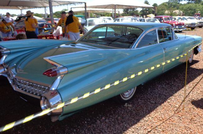 Cadillac 1959 Coupe - O famoso rabo de peixe