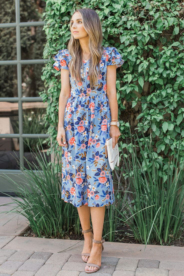 Merrick's Art | DIY Floral Midi Dress with Fabric from @RiflePaperCo #DIYFriday #sewing