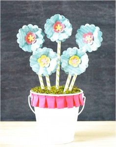 Enchanting Craft Inspiration For Mother's Day DIY Paper Flower Bouquet With Blue Flowers