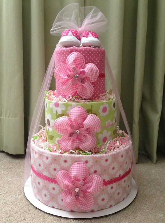 SWEET Pink Diaper Cake for Baby Girl, Baby Shower Centerpiece or New Baby Gift #diapercake #babyshower