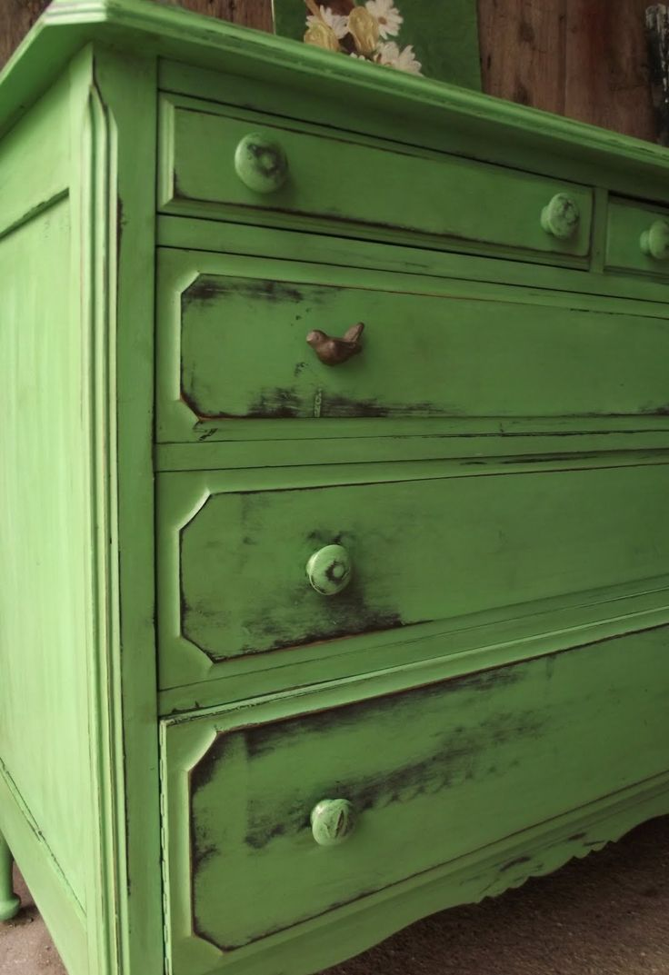 25 Best Ideas About Green Distressed Furniture On Pinterest Stain Colors Refinished