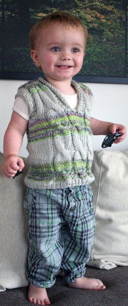 Cabled Spinning Vest | AllFreeKnitting.com  Not crazy about the yarn but seems like an easy pattern.