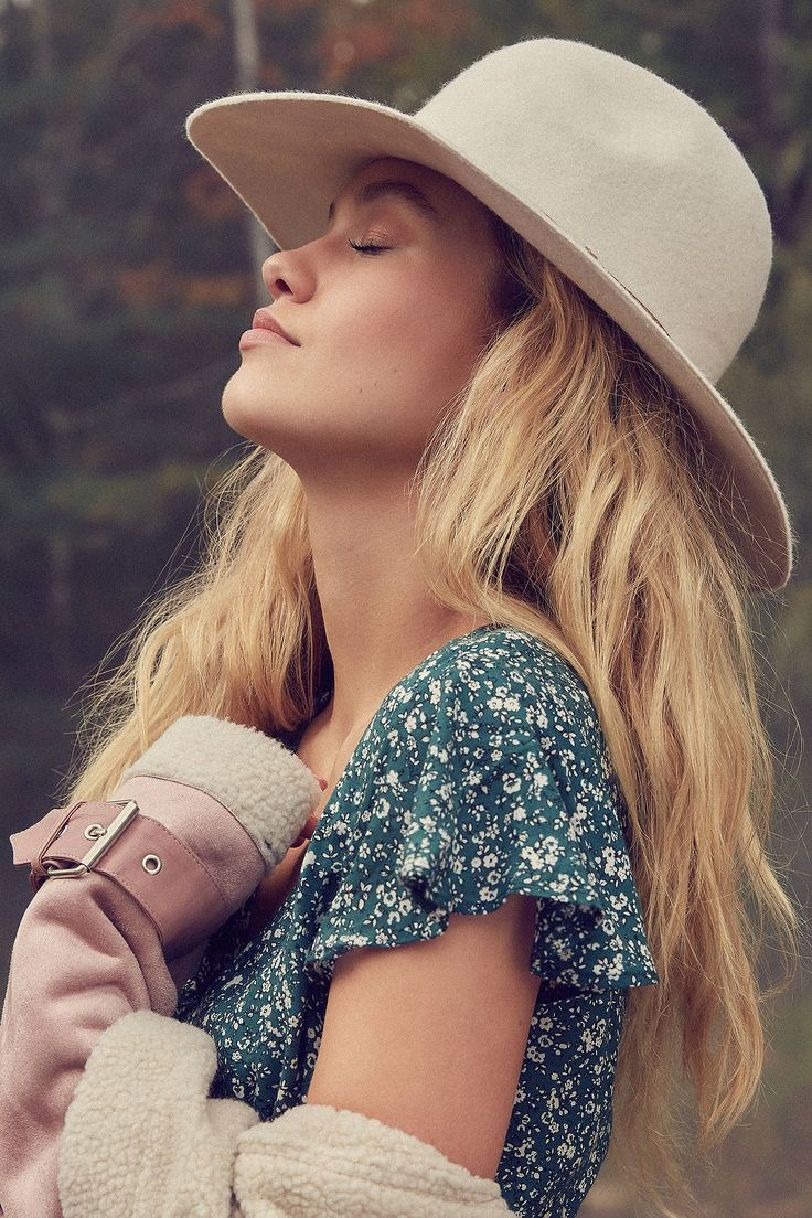 Anna Felt Panama Hat at Urban Outfitters
