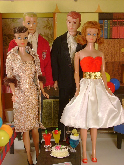 Barbie & Ken, and Midge & Allen!!  I had all 4 of these (brunette Midge/Blonde Barbie) and still have the Midge doll.