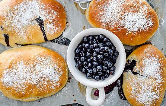 Рецепты пирожков с черникой, секреты выбора ингредиентов и добавления