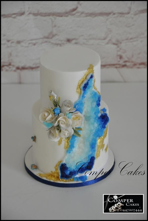 Perth Royal Show 2016 miniature wedding cake - silver  - Cake by Comper Cakes