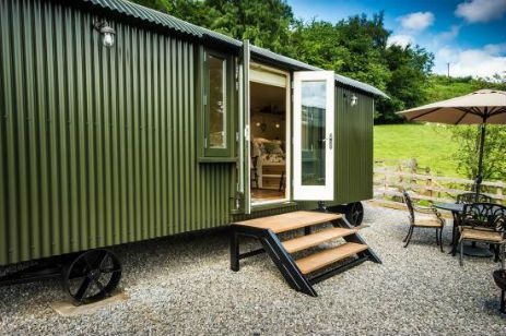 Glamping at Haddys Hut in Derbyshire and the Peak District! http://bit.ly/2egwDqo
