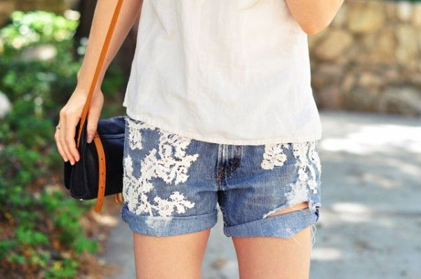 diy lace jean shorts -cut offs-embroidered vintage lace levis