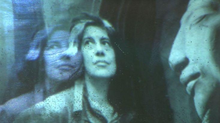 """Публикуем фрагменты книги Сьюзен Зонтаг """"О фотографии"""", где мыслительница размышляет о современном человеке, его самоощущении, сознании, отношениях с миром и самим собой."""