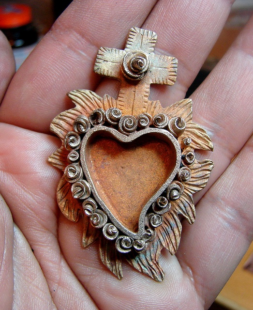 Heart Nicho  ©2011 Lorena Angulo