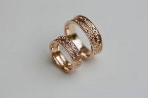 Винтажные обручальные кольца с орнаментом 20B376