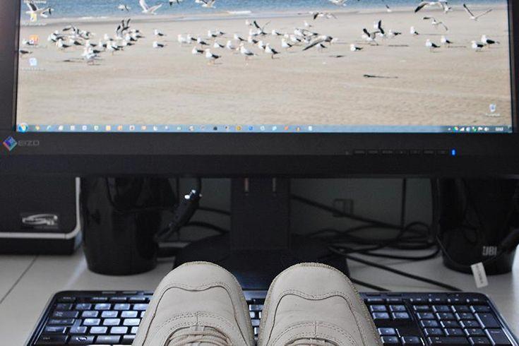 Leidy de Boer: voor deze ene keer mijn voeten op mijn bureau. Else en de helpers veel dank!