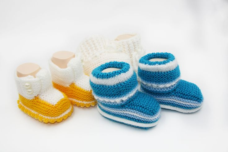 Hand knit baby shoes/ Knit boy booties/ Knitted baby booties, baby shoes, Photo prop booties/  white, red, yellow,  idea, baby gift by TatiMaxaKnitStudio on Etsy