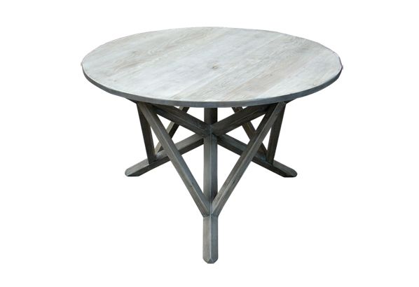 Round Joint Table.