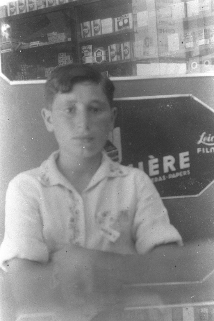 Shimon Peres, age 13, Poland 1936 (Photo: Government Press Office)