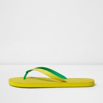 River Island Mens Yellow flip flops