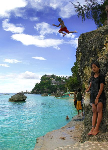 Probably the most famous beach in Philippines 2012: White Beach in Boracay © Sabrina Iovino