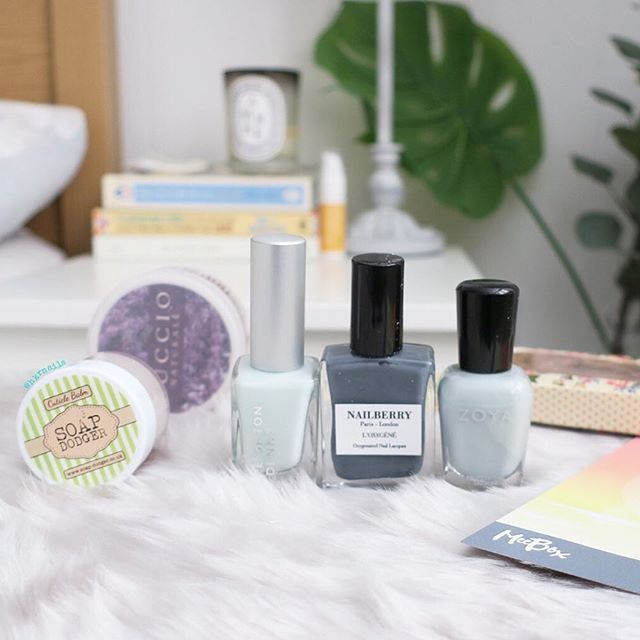 leighton denny - expert nails hydra flex serum nailberry - stone Zoya - lake the vintage company -nail scissors cuccio- hand butter Soap dodger - cuticle balm  This months @meeboxuk & one more nail polish on the way I hear