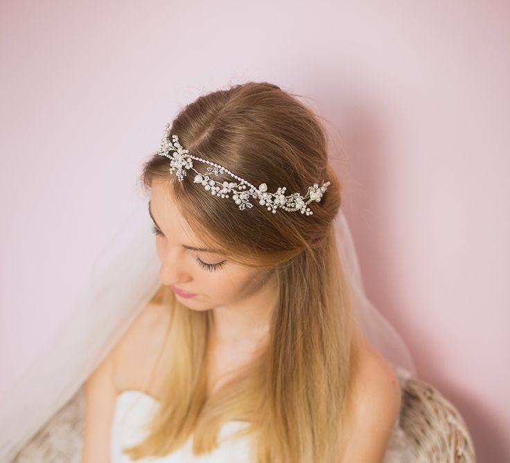 Ręcznie wypleciony, przepiękny wianek ślubny - kolorystycznie dopasowany do Twojej wymarzonej sukni ślubnej! :)  #ślub #wesele #wianekślubny