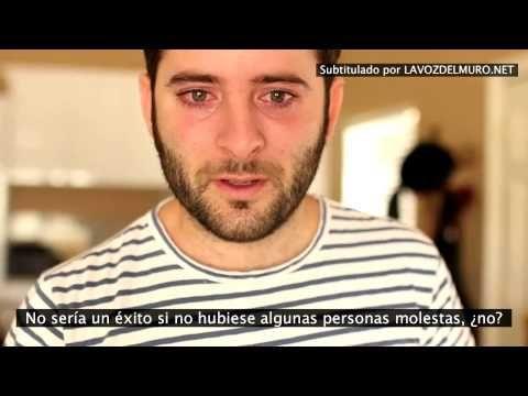 'Ice bucket challenge' da voz a la Esclerosis Lateral Amiotrófica - http://www.bezzia.com/salud/ice-bucket-challenge-da-voz-la-esclerosis-lateral-amiotrofica.html
