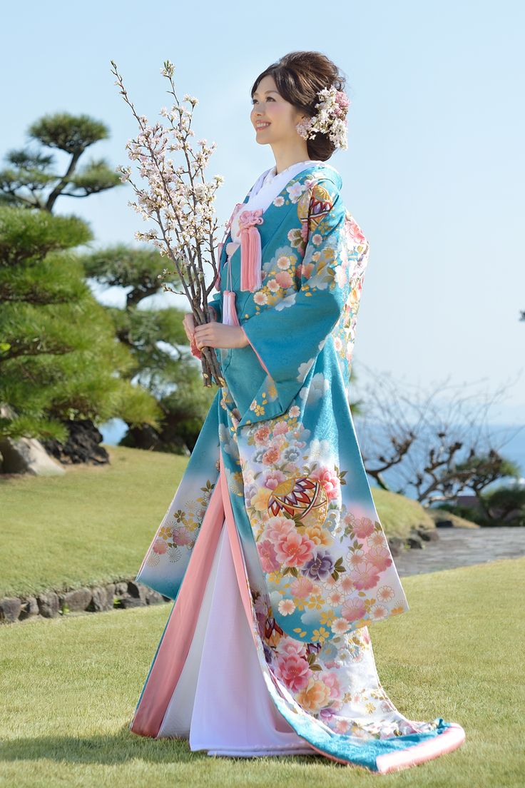 Cherry colorful painted on bright blue background luxury Iro-daKake that Temari is embroidered adorned with even more gorgeous bride