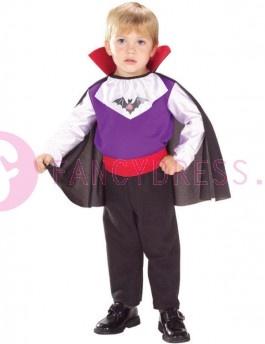 Dit knuffel vampier kostuum bestaat uit:  Een stijlvolle en praktische, jumpsuit met aangehechte cape en taille gordel.