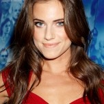 8 new hairstyle trend ideas for 2013: Allison Williams' soft and sexy curls
