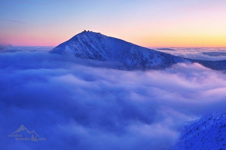 Krkonoše - Sněžka nad inverzí od Michala Balady
