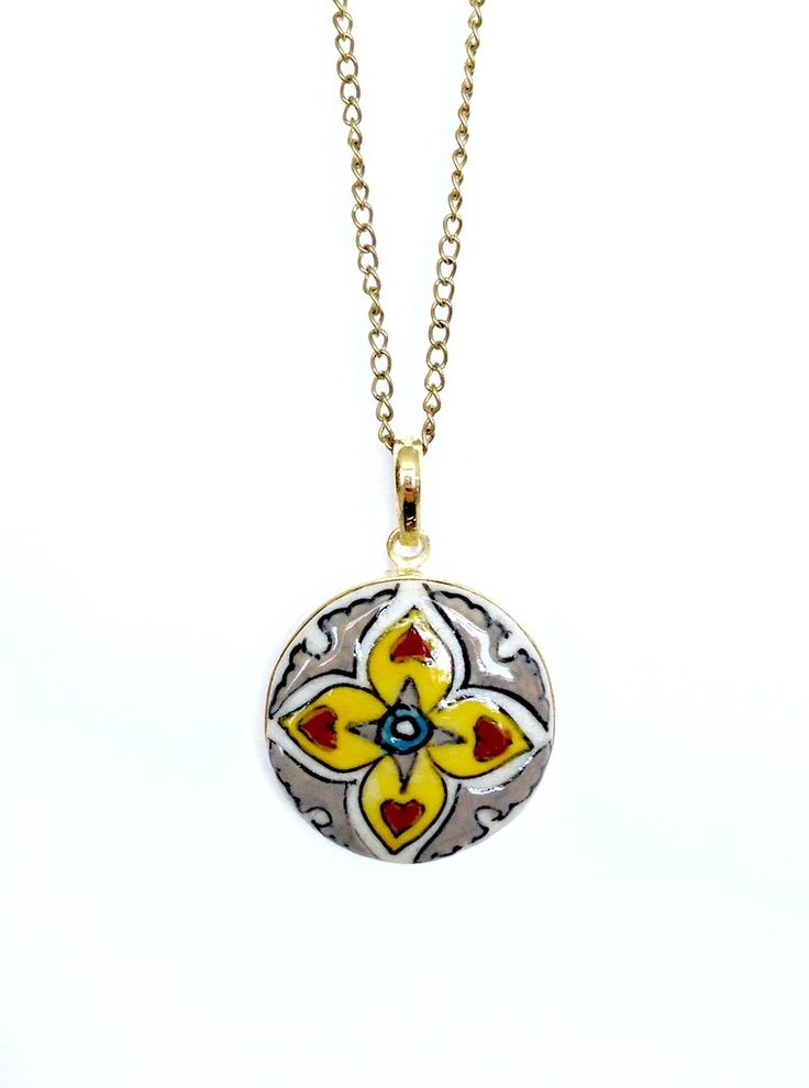 Hearts on Fire Pendant - Flat