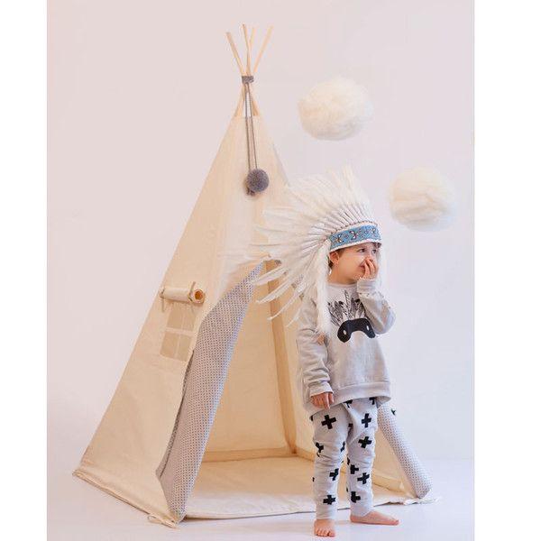 Smuk tipi fra NunuNu i håndlavet kvalitet med økotex teltdug. Se udvalg af legetelte og tipier til børn online på Lirumlarumleg.dk - mange flotte styles.