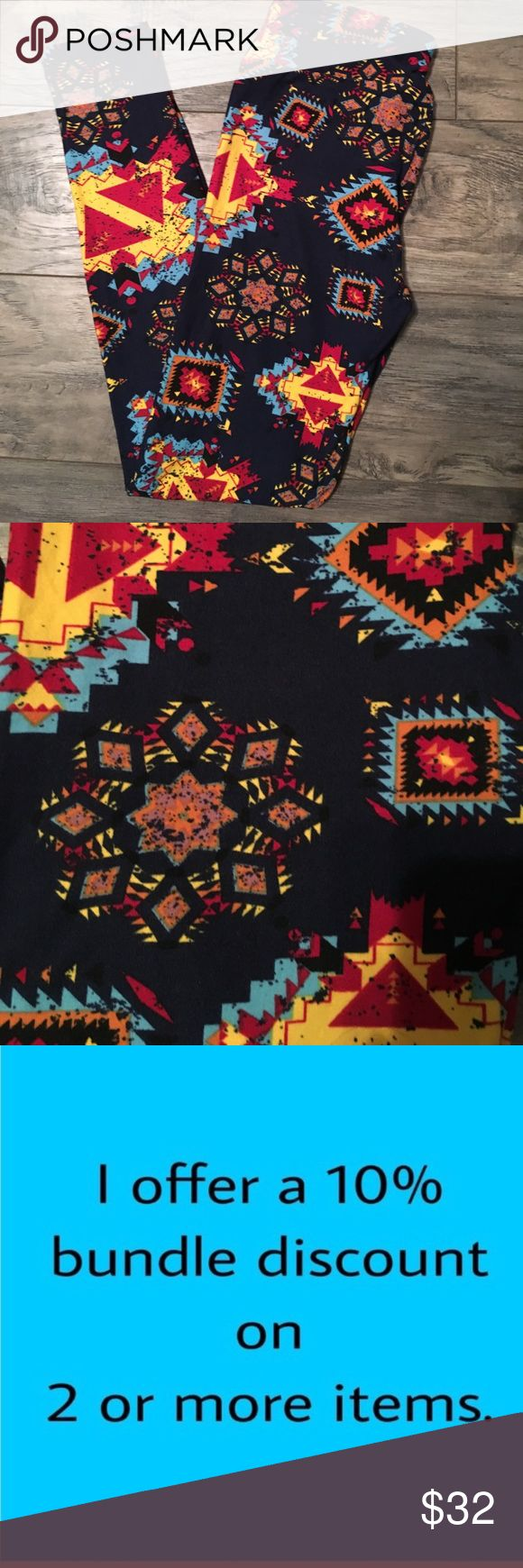 Gorgeous Aztec print OS LuLaRoe leggings nwt! Gorgeous Aztec print OS LuLaRoe leggings with dark navy background brand new with tags! LuLaRoe Pants Leggings