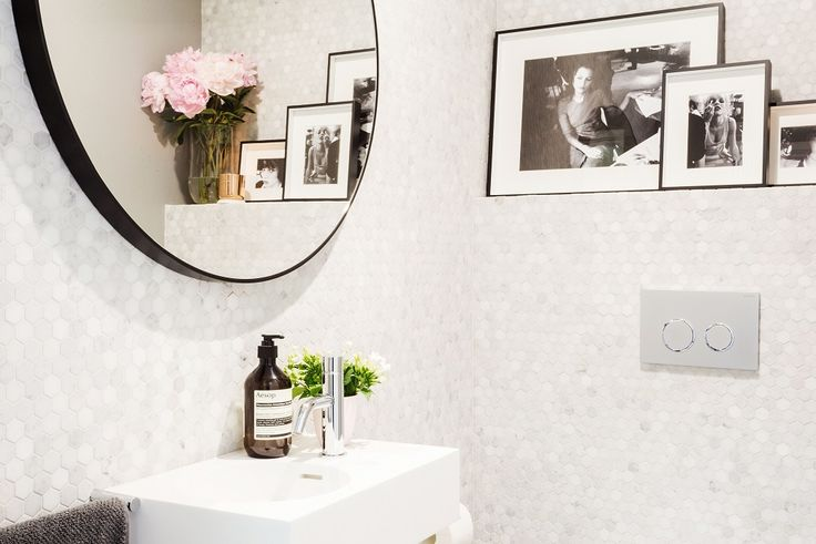 Darren & Deanne's winning powder room features the Mos Tosca Glacier Hex Stone, and the Bluestone Honed tile from Beaumont Tiles. For more stunning bathroom ideas visit http://www.beaumont-tiles.com.au/Room-Ideas/Bathrooms