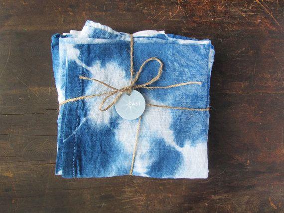Shibori teints torchon indigo cadeau par WyomingCreativeEast