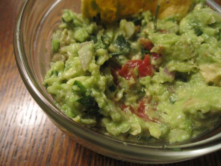 The Perfect Guacamole Recipe for Cinco De Mayo
