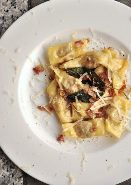 [ #Lombardia ] #Casoncelli alla #bergamasca, se avete voglia di questo piatto date un'occhiata alla #ricetta di #PetitChef: ----> http://www.petitchef.it/ricette/portata-principale/casoncelli-alla-bergamasca-fid-1405972