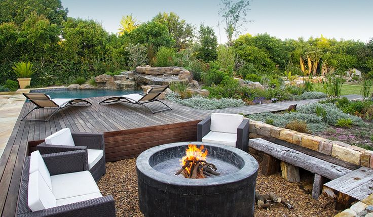 One of the best gardens ever. A beautiful Cape Town outdoor space with all the elements needed for the family and friends. 5 Star
