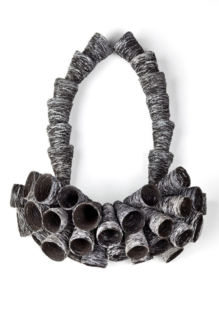 Heejin Hwang @ Apparat  Necklace: Connection 2010  Steel wire, enamel, ground rock  30 x 23 x 10 cm  Photograph: Jim Escalante
