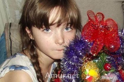 Бабушка Веры Захаровой защищает подозреваемого в убийстве внучки. Женщина не верит в то, что девочку изнасиловал и убил родственник