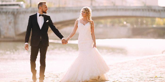 Beim After Wedding Shooting macht ihr an einem beliebigen Tag nach der Hochzeit schöne Paarfotos... | Tipps | Ideen | Inspirationen | Beispiele