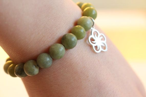 Green Taiwan Jade Beaded Bracelet for Women by MoniqueUniquely