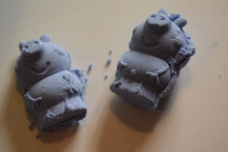 Foam dough - The Muddled Mum 2 ingredient foam dough is perfect for using with play dough molds. Peppa Pig and George look great made from soft foam dough