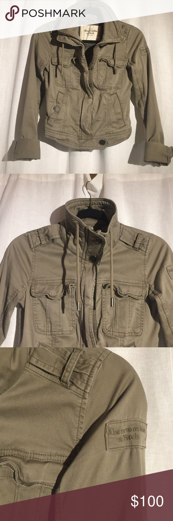 Olive green Abercrombie and Fitch coat. Abercrombie and Fitch military style coat in olive green. FEEL FREE TO MAKE AN OFFER❤️ Abercrombie & Fitch Jackets & Coats