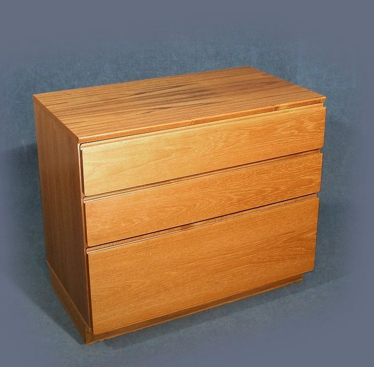 A wonderful original vintage retro teak Danish chest of drawers unit designed by Johannes Andersen for Uldum Mobelfabrik    Three graduated drawer unit   Part of a three section unit which can be used separately, please see photo's of three  sections