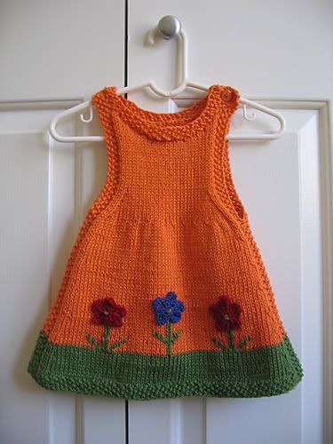 Free Pattern: Anouk as a Dress by Alison Reilly